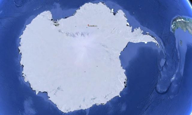antarctique - Trois pyramides retrouvées en Antarctique ? Antarc10