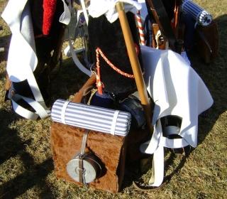 Quelques paquetages, armes et équipements suisses. Dsc04537
