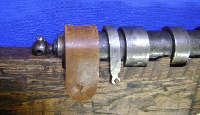 Le fonctionnement des anciens systèmes de mise à feu. Dsc04733