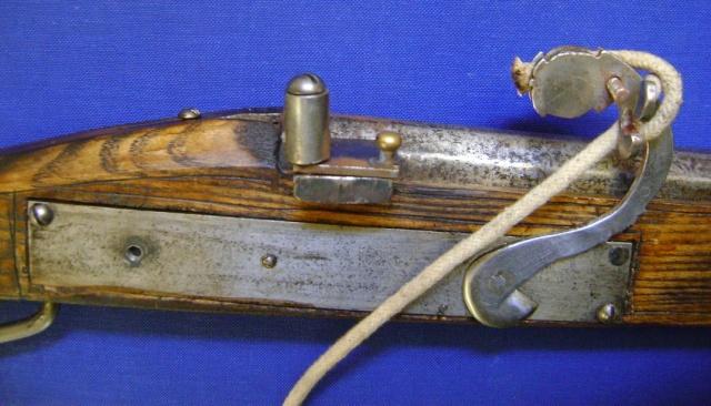 Le fonctionnement des anciens systèmes de mise à feu. Dsc04736