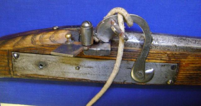 Le fonctionnement des anciens systèmes de mise à feu. Dsc04738