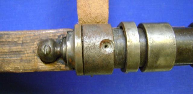 Le fonctionnement des anciens systèmes de mise à feu. Dsc04739