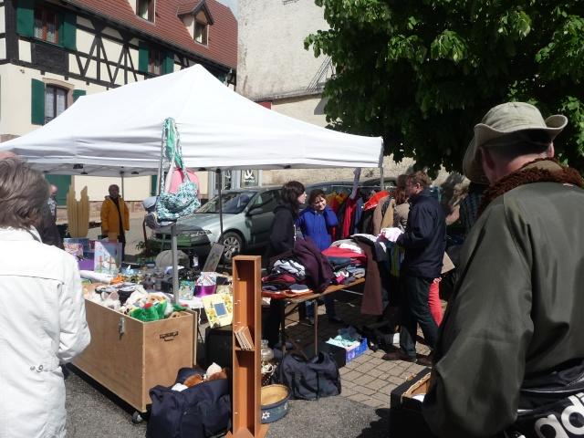 Marché aux puces du 12 mai 2013 à Westhoffen P1110614