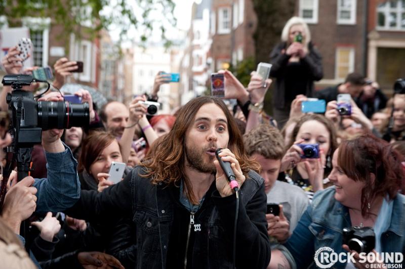 Concert improvisé à Londres - #MarsFlashLondonShow Flashm15