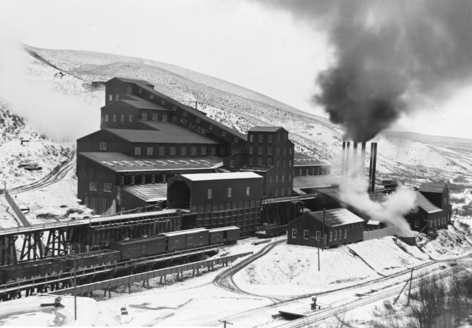 énorme glissement de terrain dans une mine de cuivre sans aucune victime Bingha10