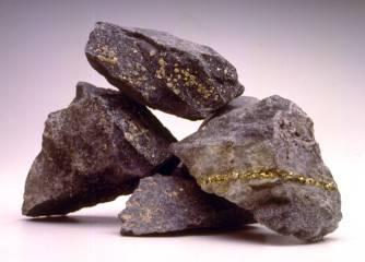 énorme glissement de terrain dans une mine de cuivre sans aucune victime Bingha15