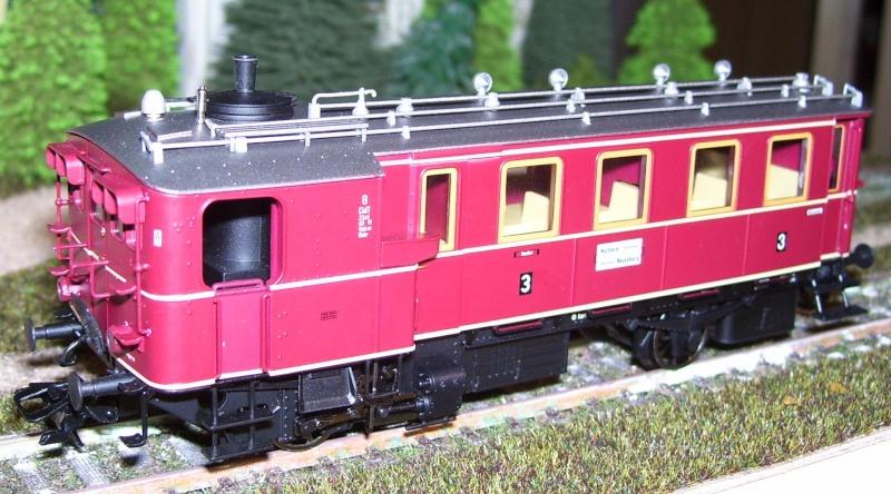 Der Kittel-Dampftriebwagen von TRIX Kitt210