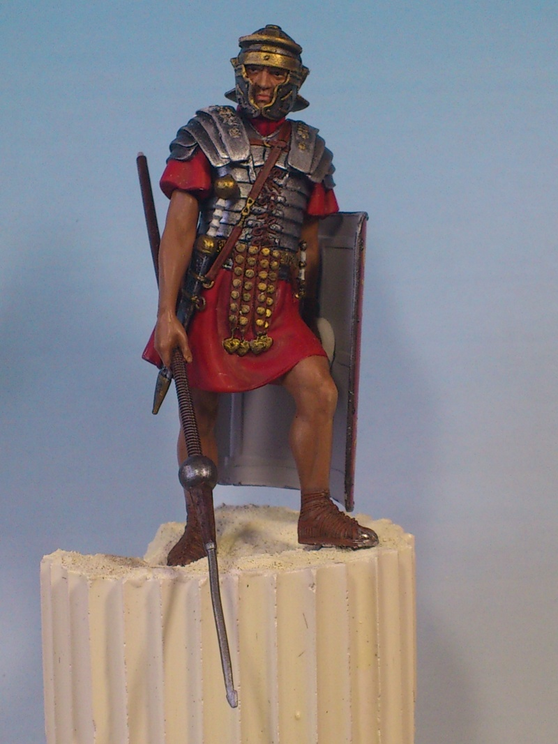 Légionnaire romain 75 mm PEGASO Encour14