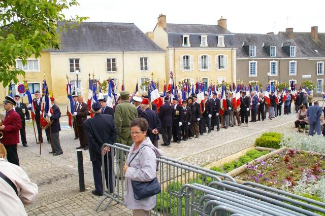 l'inauguration d'une plaque gravée au nom du Général de Gaulle Imgp5912