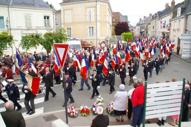 l'inauguration d'une plaque gravée au nom du Général de Gaulle Imgp5914