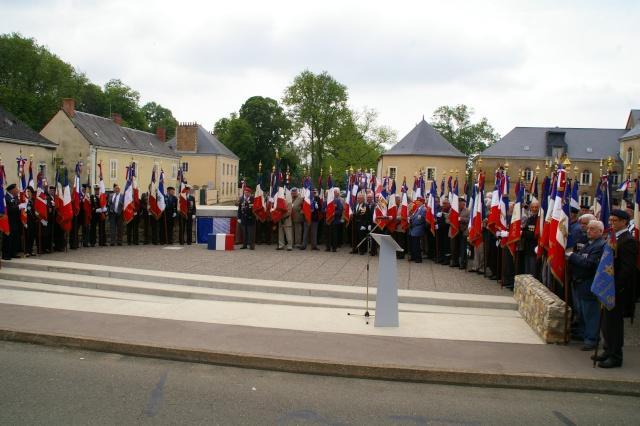 l'inauguration d'une plaque gravée au nom du Général de Gaulle Imgp5915
