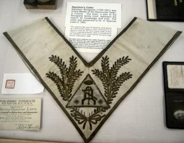 Collarin de Napoleon Bonaparte - RosaCruz 7690_510