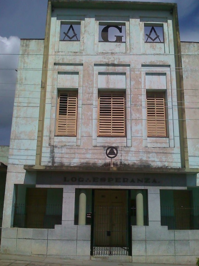 LAS LOGIAS EN CUBA Espera11