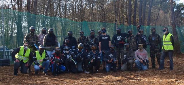 12 fevrier un team de volontaires et 13 fev on fait joujou dans les gonflables.... Gpe_a10