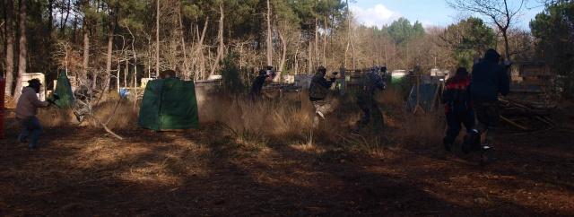 12 fevrier un team de volontaires et 13 fev on fait joujou dans les gonflables.... Pbunk10