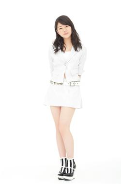 14ème single: [Double A-side] Yattaruchan / Atarashi Watashi ni Nare! - Page 2 Nakani13