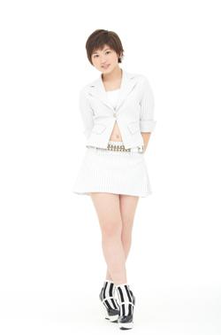 14ème single: [Double A-side] Yattaruchan / Atarashi Watashi ni Nare! - Page 2 Takeuc13