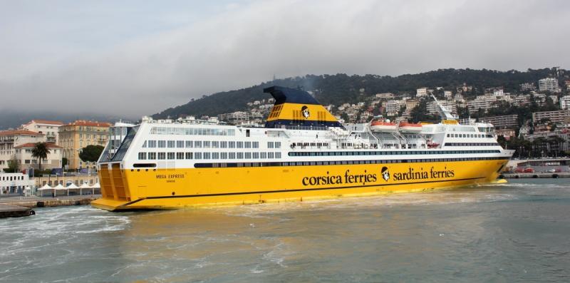 [Vie des ports] Le Port de Nice Img_5214