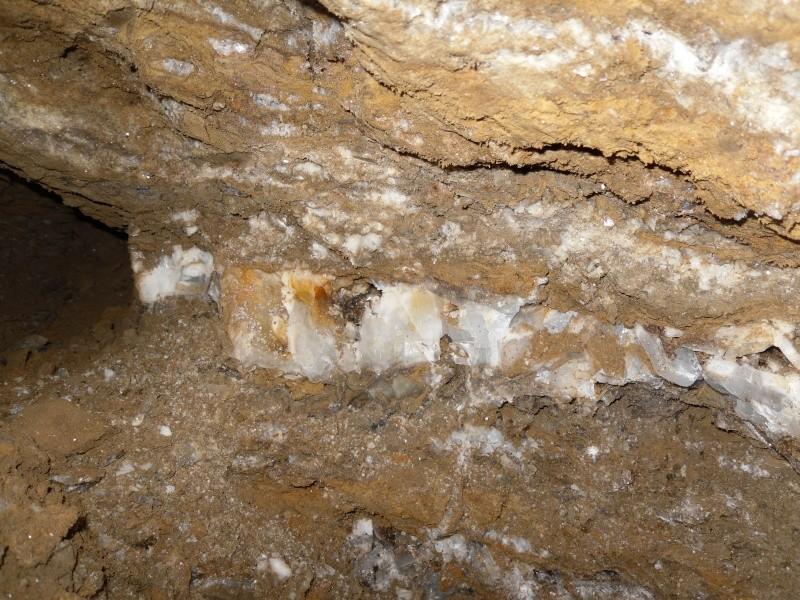 Baryte ou Barytine de la Mure d'Isère Sam_0810
