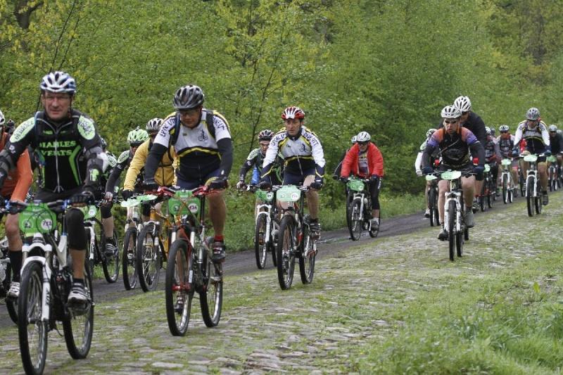 4e Raid Paris-Roubaix le dimanche 12 mai 2013 - Page 4 Pr810