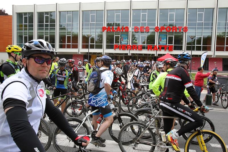 Fête du vélo 16/06 à ST Quentin - Page 2 Vtt_1612