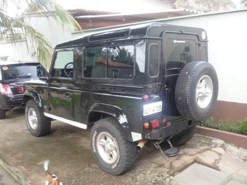 Land Rover mod. Defender 90 preta 4x4 P1040311