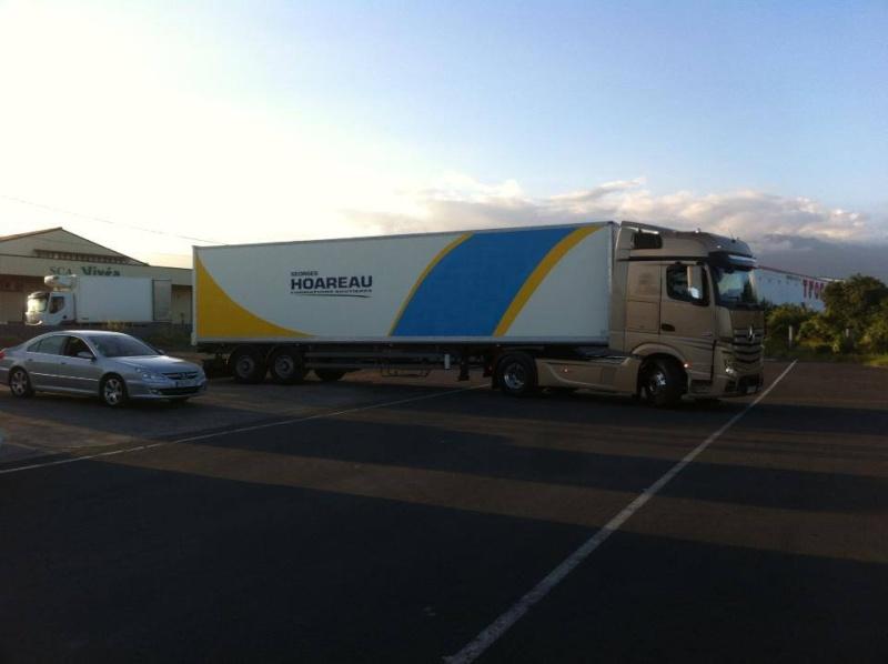 Les camions de l'Ile de la Reunion - Page 8 Ccc10