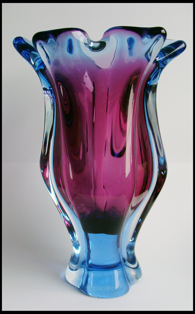 Is this vase SKLO CHRIBSKA ? 810