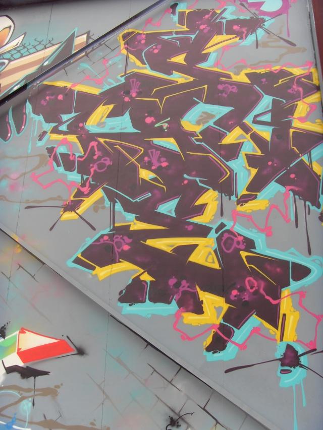 GRAFFITI / STREET ART - Page 38 Azek_212