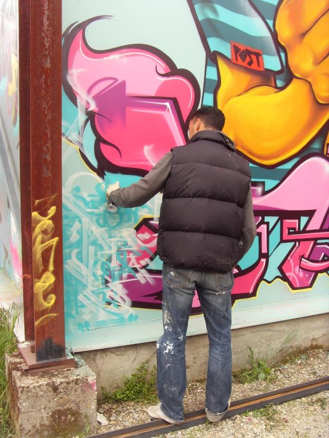 GRAFFITI / STREET ART - Page 38 Chikit12