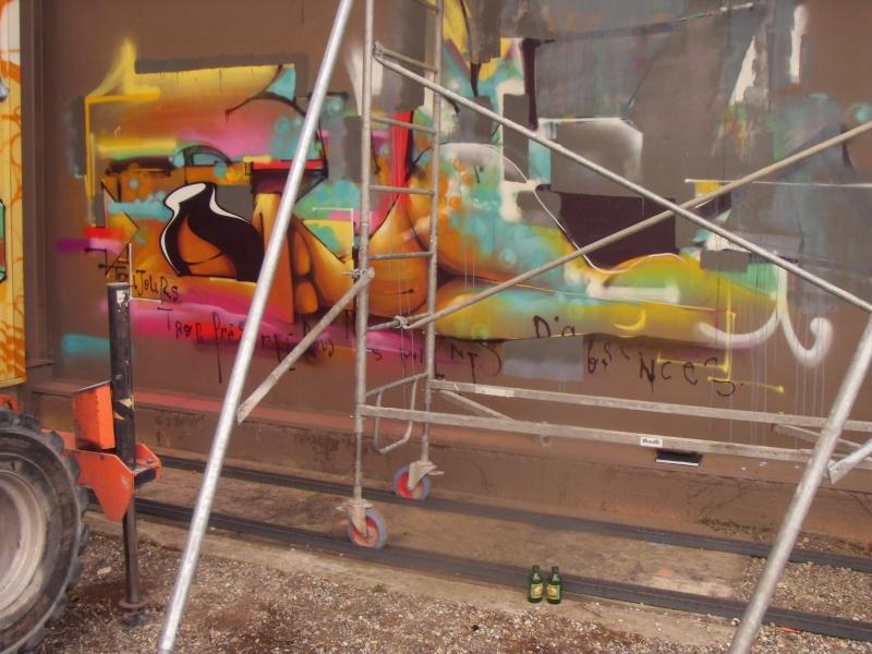 GRAFFITI / STREET ART - Page 38 Dely_210
