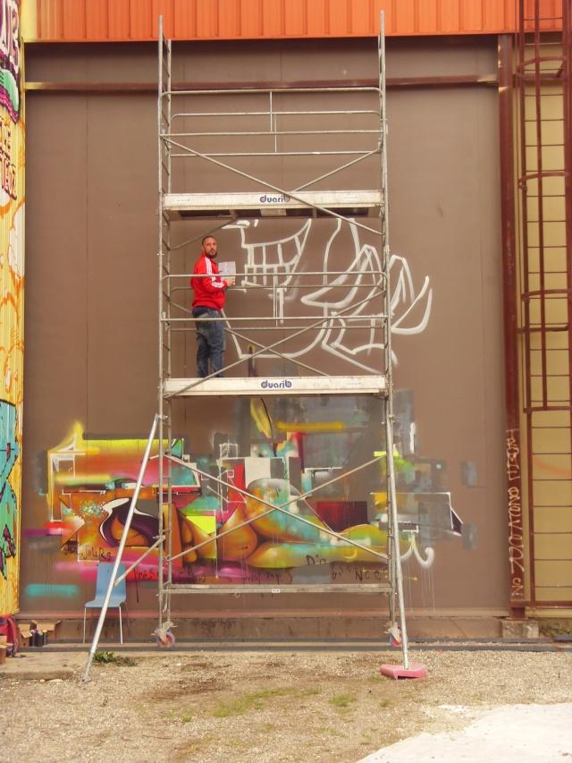 GRAFFITI / STREET ART - Page 38 Dely_310