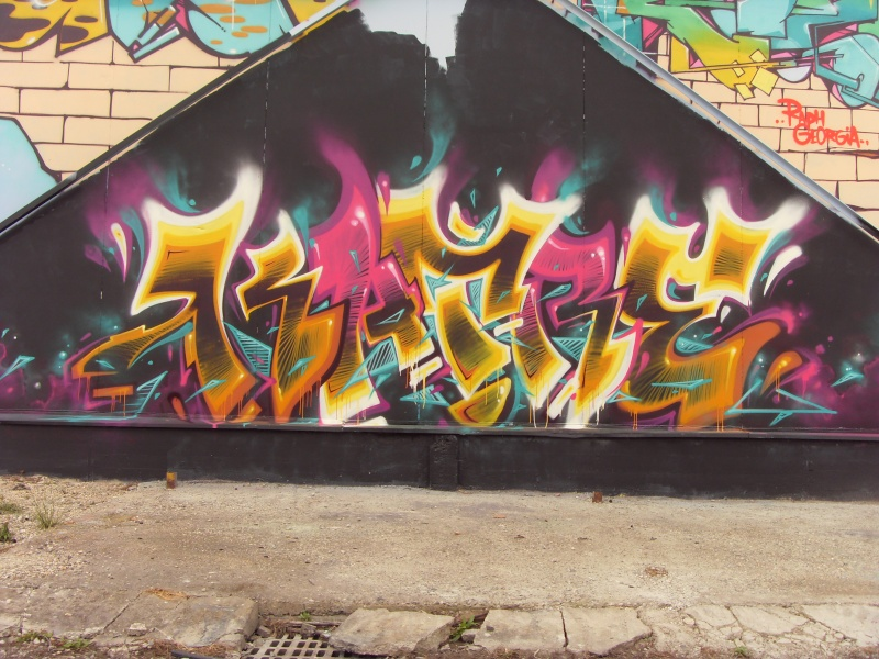 GRAFFITI / STREET ART - Page 38 Katre_20