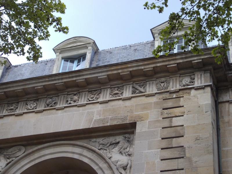 L'Hôtel de Madame Du Barry à Versailles - Page 2 Pict3214