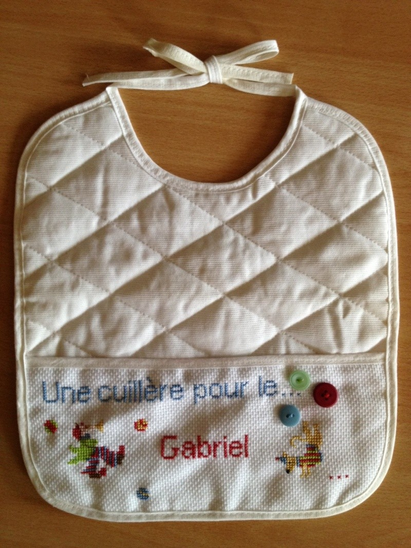 Galerie de Lilubelle - Page 13 Bavoir10