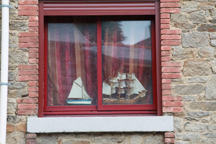 À vos fenêtres ... Cancal10