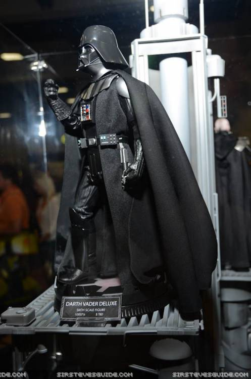 Sideshow - Darth Vader Deluxe Sixth Scale Figure  Vader310