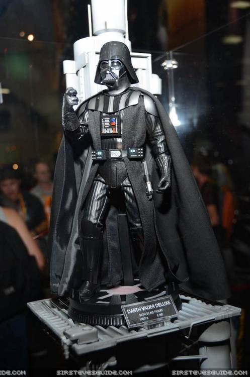 Sideshow - Darth Vader Deluxe Sixth Scale Figure  Vader510