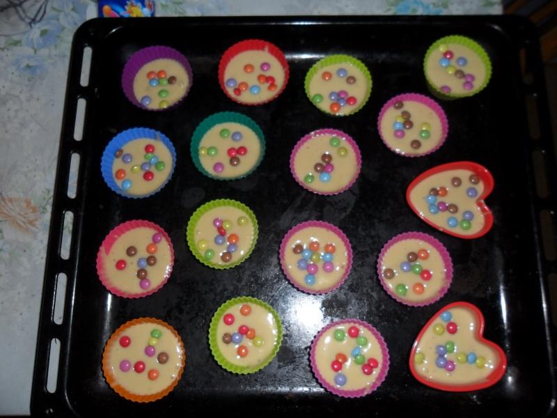Cupcakes : recettes et décors simples - Page 3 Sam_0010