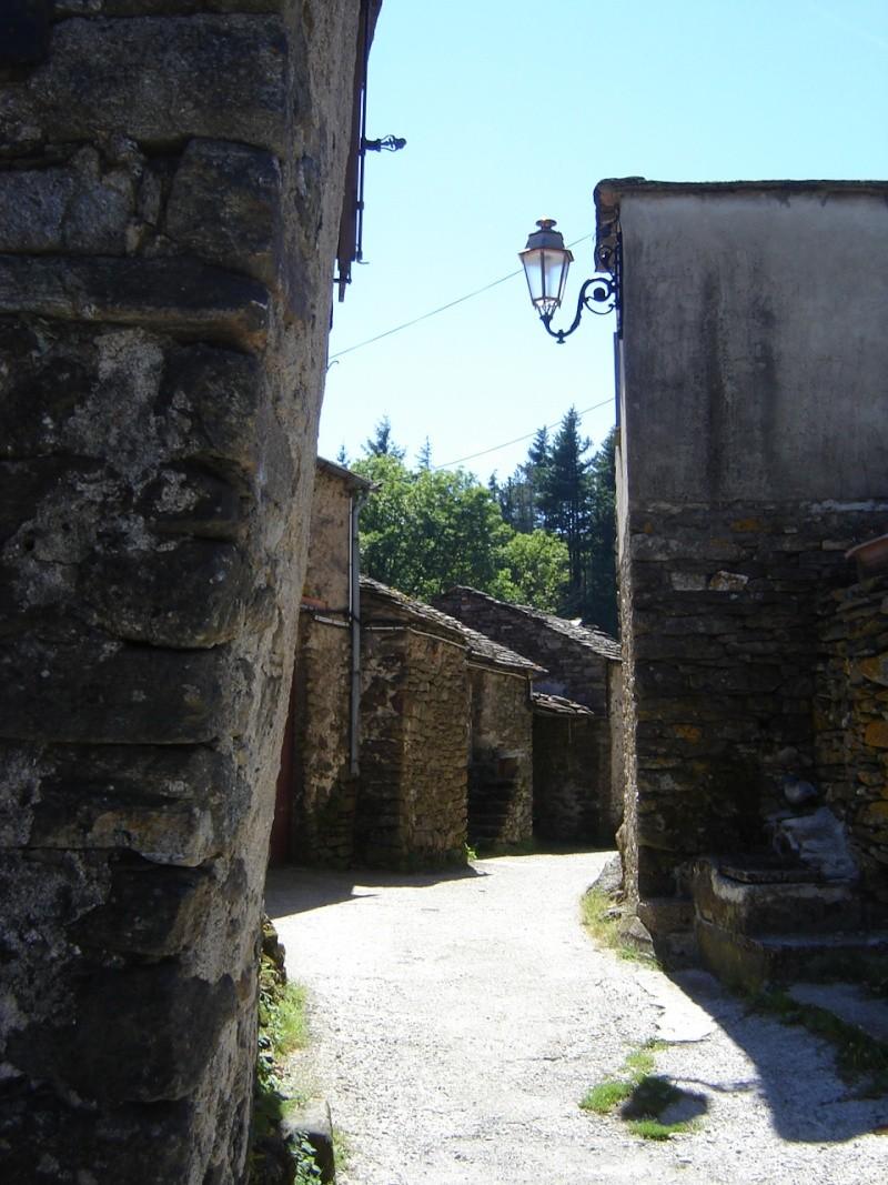 Petit hameau de Bardou dans le 34 05_dou12