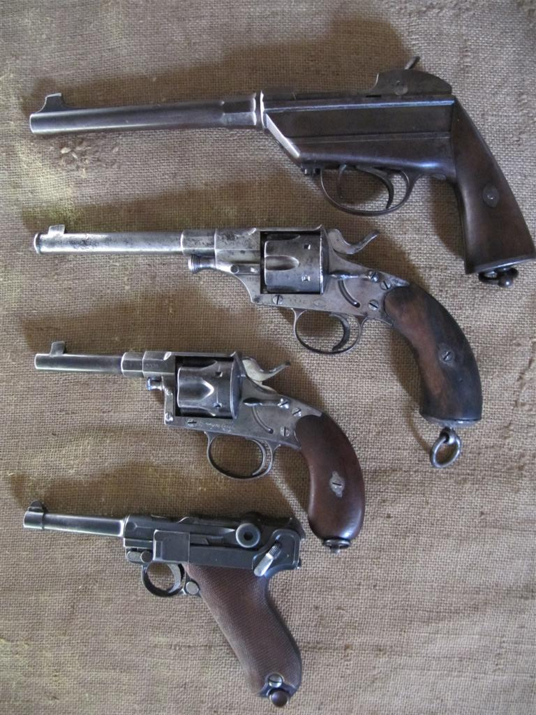 mes armes de poing Allemandes 1870 - 1914   Img_5217