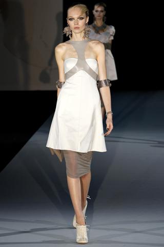 Модные тенденции весна-лето 2011 D110