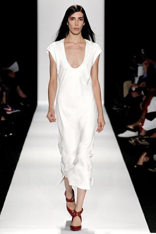 Модные тенденции весна-лето 2011 D910