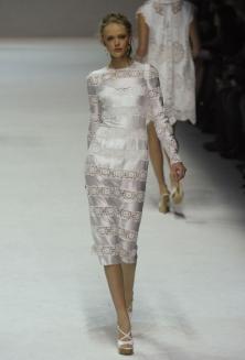 Модные тенденции весна-лето 2011 Dolce-10
