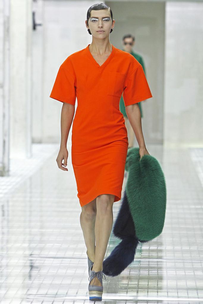 Модные тенденции весна-лето 2011 N110
