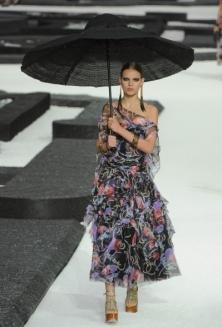 Модные тенденции весна-лето 2011 N111
