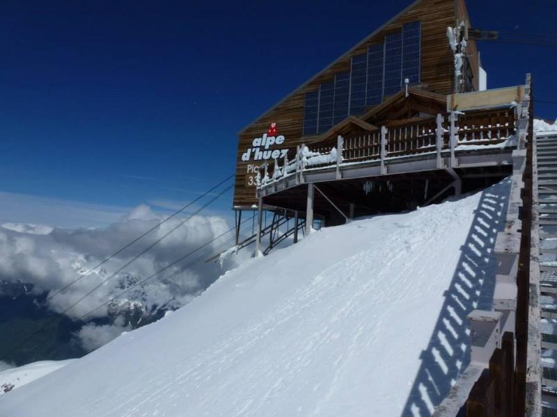L'Alpe d'Huez ouvre son glacier de ski d'été 37564011
