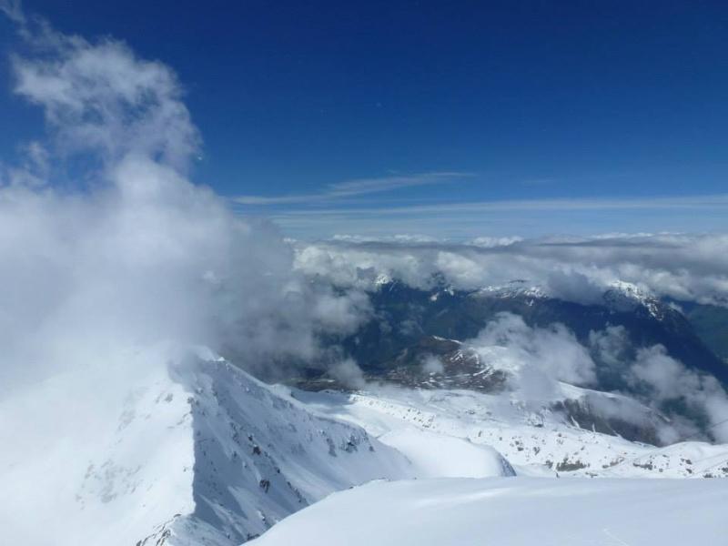 L'Alpe d'Huez ouvre son glacier de ski d'été 57559310