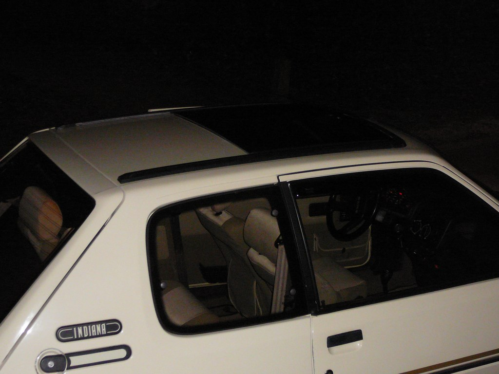 [Vendu] Peugeot 205 Indiana. - Page 4 P1060528