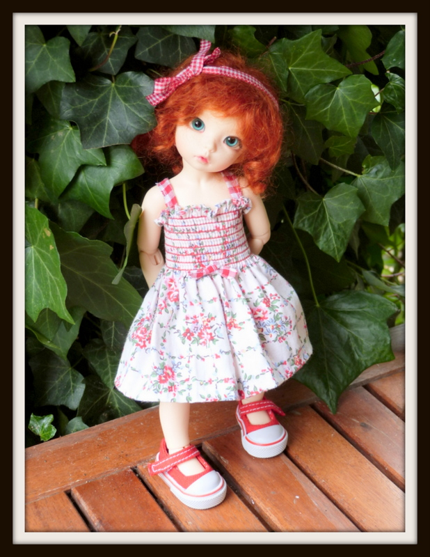 petites soeurs en robes jumelles P1070711